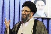 امام جمعه خوی: مسئولان و مردم جدیت بیشتری در تخریب اراضی ملی داشته باشند