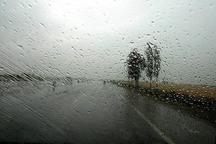 باران جاده های کردستان را لغزنده کرده است