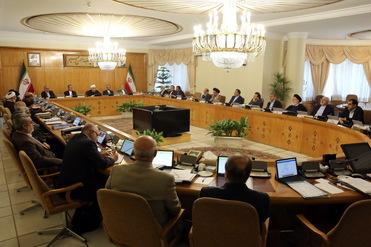 دستور رئیس جمهوری به وزیر کشور برای ارائه گزارش اقدامات انجام شده در تأمین امنیت کامل انتخابات، برخورد با تخلفات امنیتی و بازداشت مشکوک تعدادی از فعالان رسانهای