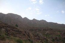 هلال احمر، اعضای سه خانواده گرفتار در ارتفاعات شاهو را نجات داد