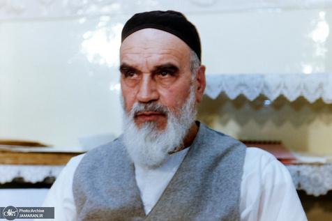امام خمینی: صدیقه طاهره تمام نسخه انسانیت است