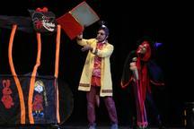 دبیر جشنواره کودک: تئاتر به دروس آموزش و پروش اضافه شود