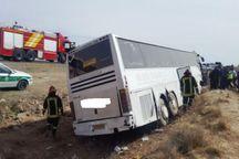 انحراف از مسیر اتوبوس در کرمان منجر به مصدوم شدن ۱۴ نفر شد