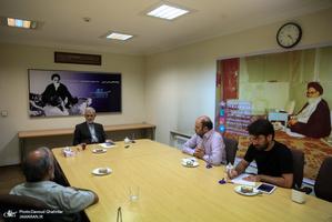 بازدید حسن غفوری فرد از تحریریه جماران
