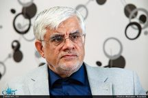 عارف: فعالیت اصلاحطلبان به نفع نظام است /جریان رقیب به مانند اصلاحطلبان توان بسیج نیروهای جوان را ندارد
