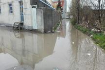 بارش باران در خلخال موجب آبگرفتگی معابر عمومی شد