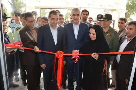 وزیر بهداشت بیمارستان فوق تخصصی شهید عباس دوران را در شیراز افتتاح کرد