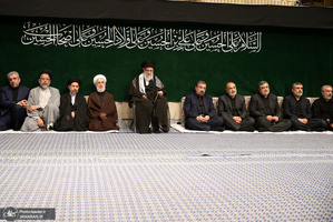 اولین شب مراسم عزاداری حضرت اباعبدالله الحسین(ع) در حسینیه امام خمینی(ره)