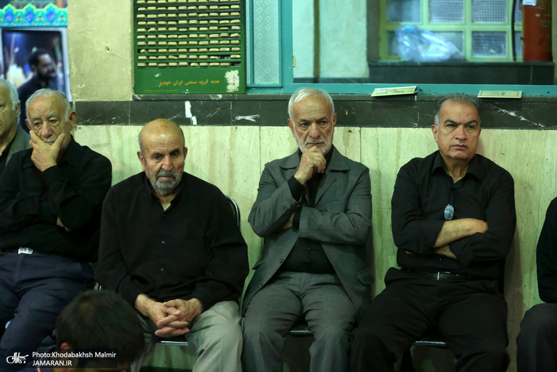 مراسم عزاداری روز عاشورا در حسینیه جماران