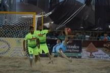 تیم فوتبال ساحلی گلساپوش یزد، شاهین خزر رودسر را شکست داد