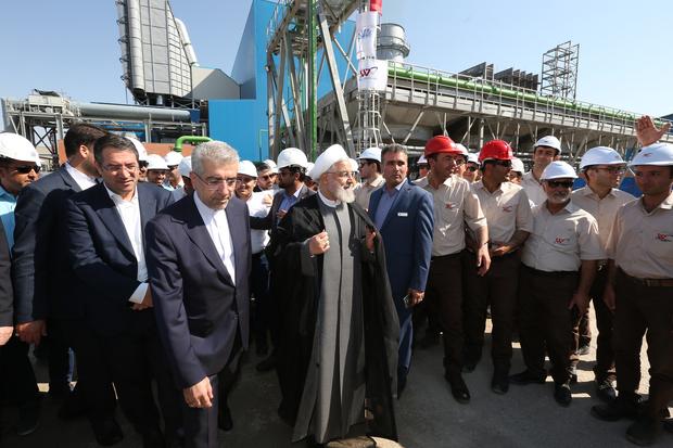 افتتاح  فاز نخست نیروگاه سیکل ترکیبی هریس با حضور رئیس جمهور
