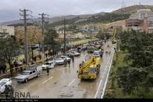 سپاه فجر فارس: دستگاه قضایی با شایعه سازان سیل برخورد کند