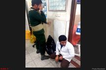 بیش از 30  زخمی و 12 شهید در حادثه تروریستی اهواز  2  نفر از تروریستها دستگیر شدند+ اسامی مجروحان +فیلم
