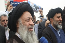 ملت ایران با وحدت خود آمریکا راسرعقل می آورد