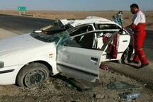 7 نفر بر اثر واژگونی خودرو سمند در جاده بادرود - اردستان مصدوم شدند