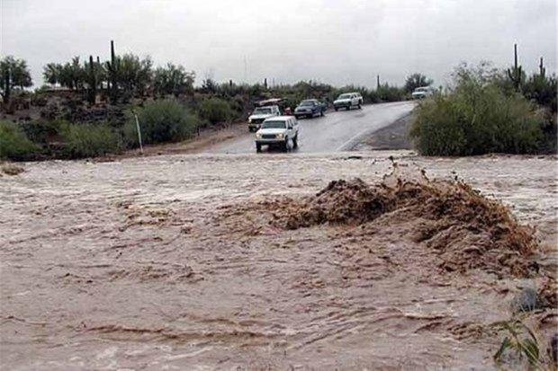 سیلاب جاده دزفول - شوشتر را مسدود کرد