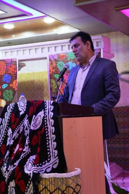 تقویت رسوم محلی سدی محکم در برابر نفوذ فرهنگ غربی است