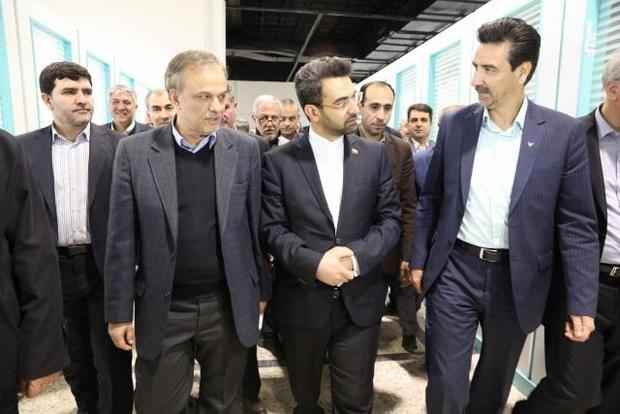 وزیر ارتباطات از شرکت های نوپا در مشهد بازدید کرد