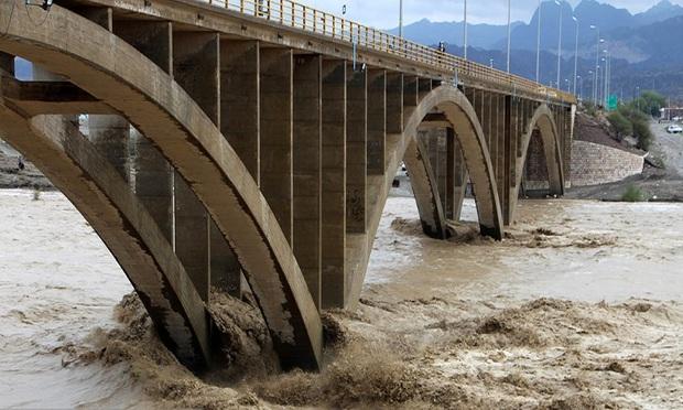 هنوز خبری از کودک ناپدید شده در سیلاب رودان نیست