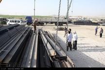 توزیع 29 هزار تن آهن آلات در مناطق زلزله زده آغاز شد