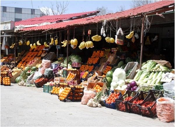 راهاندازی ۶۴ غرفه عرضه میوه در شهرستان قزوین