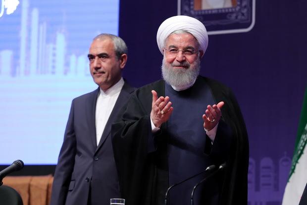 روحانی: آنقدر حافظه ضعیفی ندارم که قولهای پارسال را فراموش کرده باشم