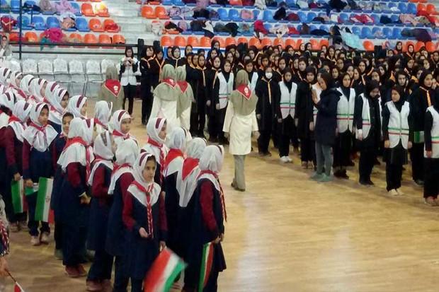 همایش یاوران انقلاب با حضور دانش آموزان زنجانی برگزار شد