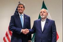 سناتور ضد ایرانی خواستار بررسی حقوقی دیدار کری با ظریف شد