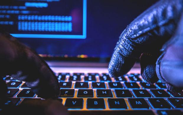 کلاهبردار میلیاردی سایتهای مجازی در خوزستان دستگیر شد