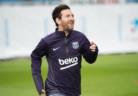 پاسخ قاطع مسی به رونالدو؛ تمایلی به ترک بهترین باشگاه دنیا را ندارم