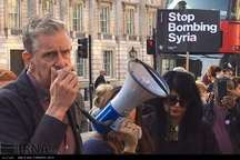 تظاهرات بر علیه حمله موشکی امریکا به سوریه در لندن+ تصاویر