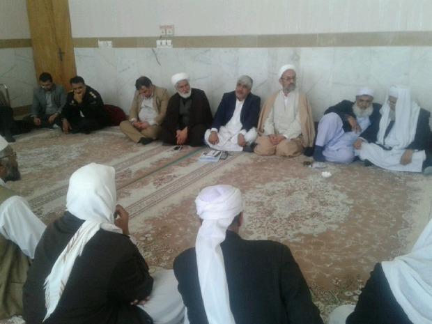 نشست وحدت علمای شیعه و سنی در خاش برگزار شد