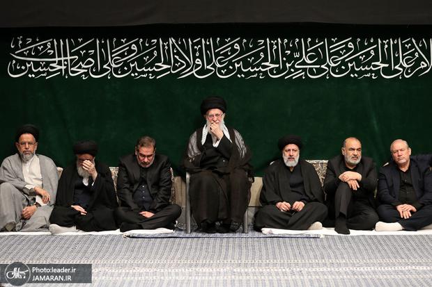 آخرین شب مراسم عزاداری حضرت اباعبدالله الحسین (ع) در حسینیه امام خمینی(ره) برگزار شد