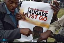 استیضاح مسن ترین رهبر جهان امروز کلید می خورد/ احتمال پناهندگی موگابه به آفریقای جنوبی