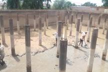 لایروبی مخزن ذخیره آب 39 روستای بخش غیزانیه انجام شد