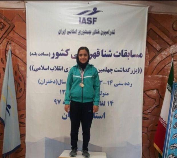 بانوان البرزی در رقابت شنا مسافت بلند قهرمانی کشور درخشیدند