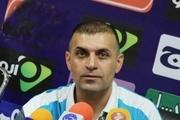 عبدالله ویسی بر روی نیمکت استقلال خوزستان ماندنی است  عده ای به دنبال فروپاشی تیم هستند