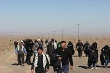 عزاداران اربعین حسینی مسیر گناباد تا کاخک را پیاده طی کردند