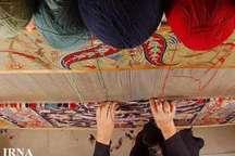 طرحهای اشتغال فرشبافی کمیته امداد زنجان 54 درصد رشد دارد