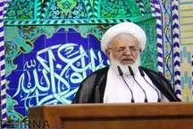 امام جمعه یزد: رئیس جمهوری کابینه ای شایسته و کارآمد انتخاب کند