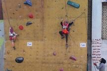 مسابقات سنگنوردی نونهالان در تربت حیدریه آغاز شد