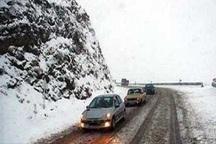 بارش برف سبب کندی تردد در راه های البرز شد