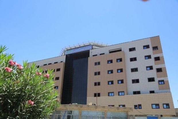 تعداد زیادی از مراکز درمانی قم با هدایت علما احداثشده است