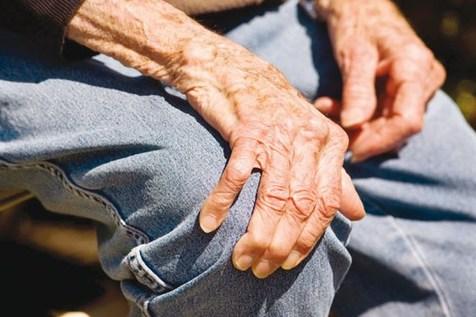 پارکینسون؛ یک بیماری غیر قابل درمان