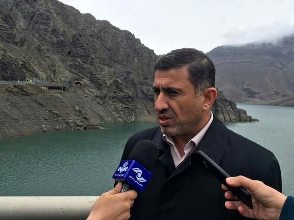 استاندار البرز از ایستگاه راهداری، پایگاههای نوروزی و وضعیت سطح شهر بازدید کرد