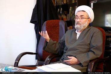 اگر شرایط امروز جامعه ما قابل قبول نیست، نباید باعث نادیده گرفتن آنهمه خدمات نظام جمهوری اسلامی  شود