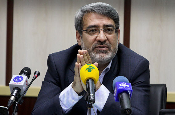 تاکید وزیر کشور بر برخورد قانونی با متخلفان در حوزه حجاب