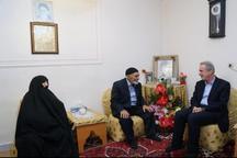 پیروزی انقلاب اسلامی مدیون خون شهداست