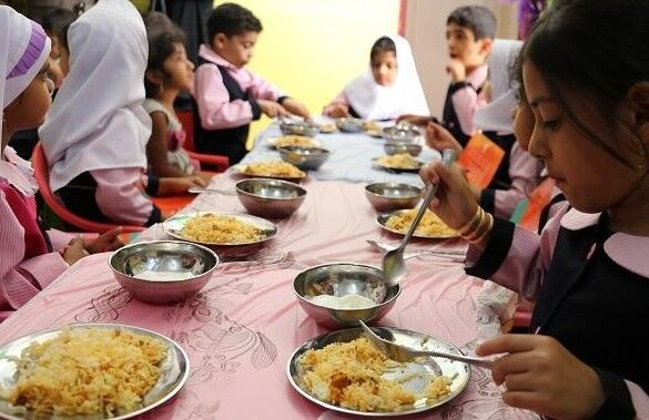 اجرای طرح یک وعده غذای گرم در روستامهدهای هرمزگان آغاز شد