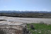 خسارت سیل به علت نبود پل در راههای روستایی تشدید شده است